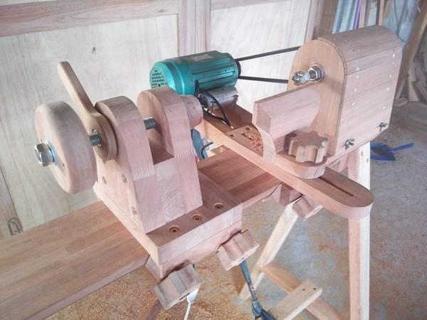 fabriquer un tour a bois a pedale